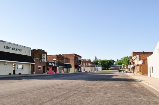 Main Street Looking South Lake Benton, MN - Aug 2010