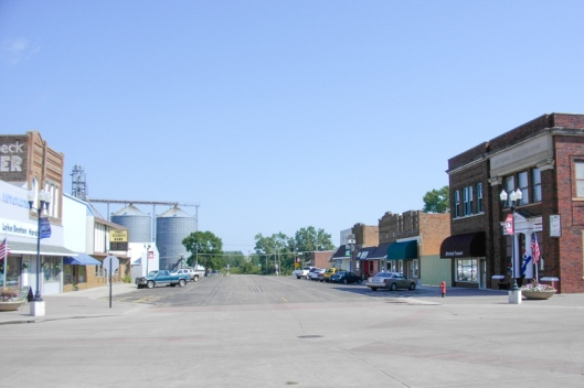 Main Street Looking North, Lake Benton, MN - Aug 2010